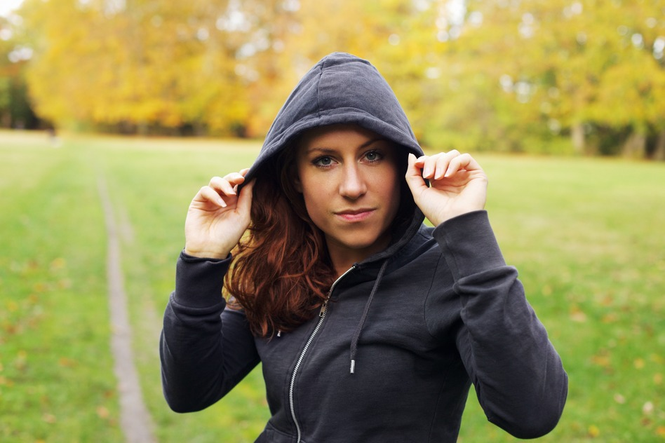 photodune-8121386-confident-female-athlete-in-hoodie-s